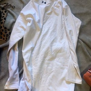 2x White long sleeve under armour used